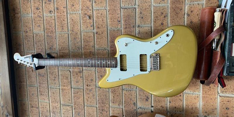 Clingan 'Goldfinger' guitar