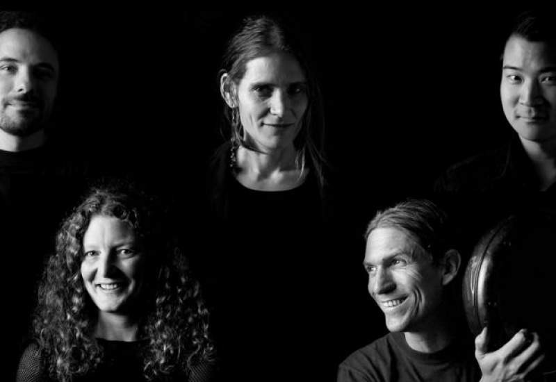 earthy groovy jazzy Melbourne band Samassin