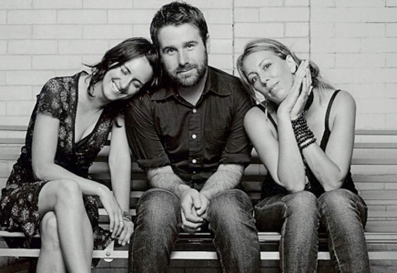 http://pbsfm.org.au/sites/default/files/images/The Waifs.jpg